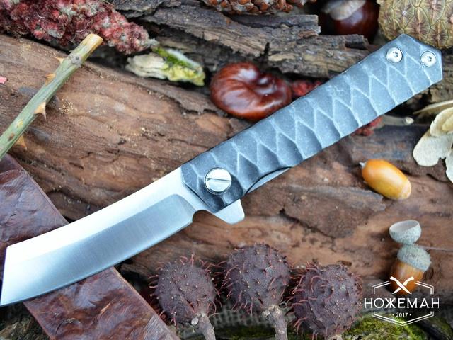 Городской нож самообороны