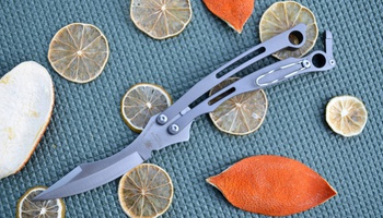 Нож бабочка Spyderco Szabofly B03