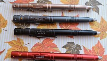 Тактическая ручка с фонариком